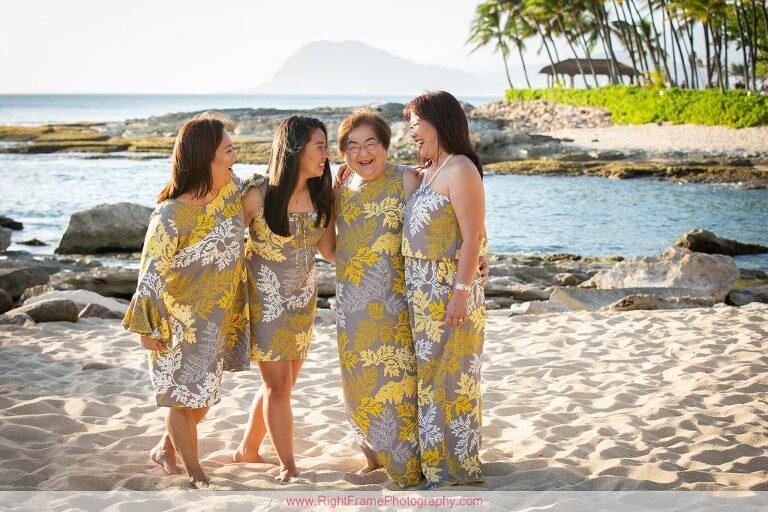 Christmas Family Photo Shoot in Oahu