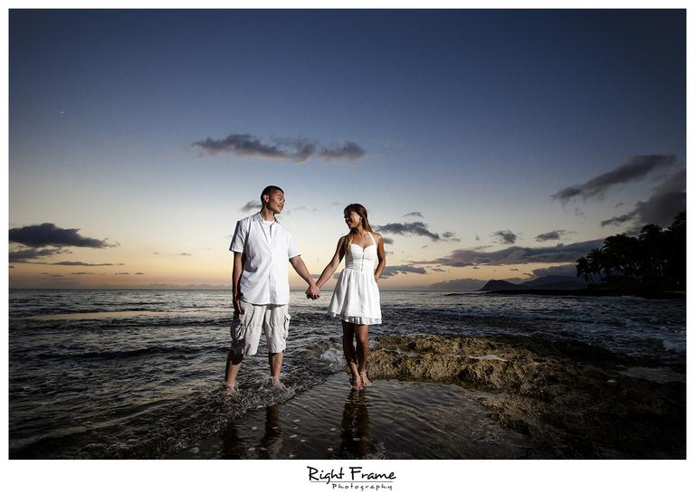 012_honolulu_engagement_photographers