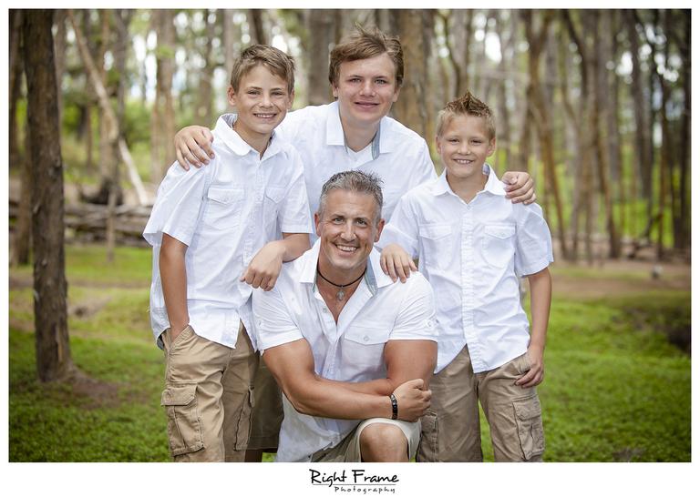 014_Oahu_Family_Portrait_on_the_beach
