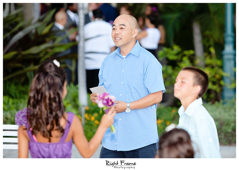 020_Hawaii_Wedding_Photographers_Oahu_moana_surfrider
