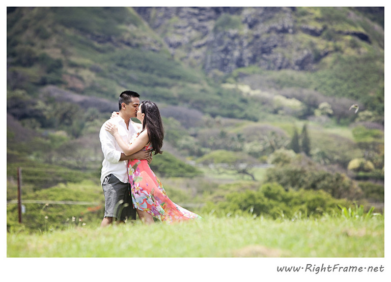 120_Oahu_Engagement_Photography_Kualoa_Regional_Beach_Park