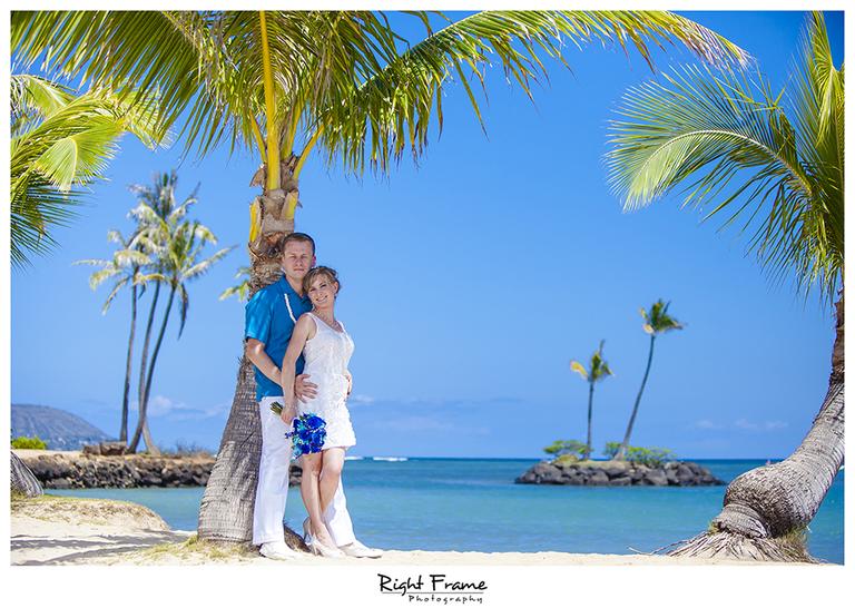 006_Oahu_wedding_photographers_Kahala_Beach