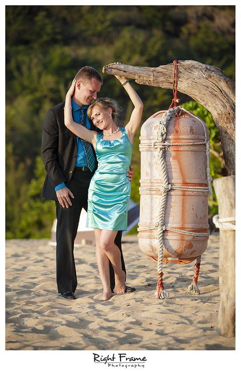 016_Oahu_wedding_photographers_Kahala_Beach