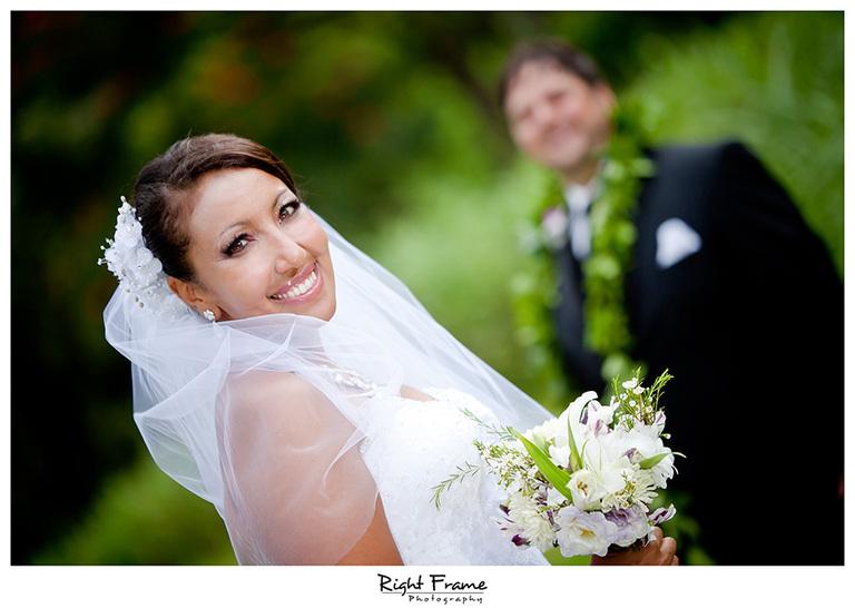 038_Honolulu_wedding_photographers_Oahu_Koolau_Ballrooms