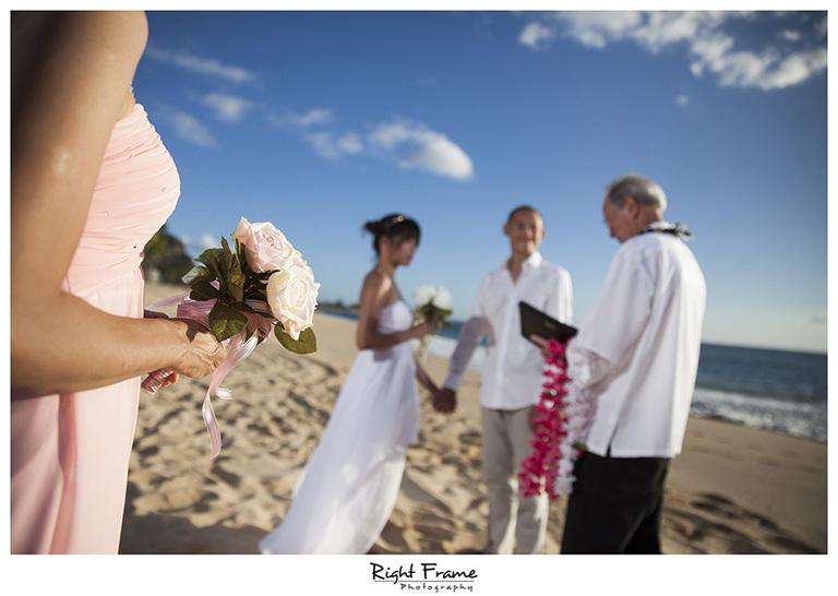 003_best wedding photographer in honolulu Hawaii