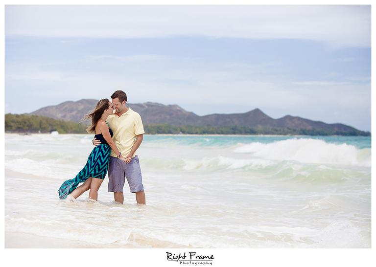 011_Couple_Photographer_in_Honolulu_Hawaii