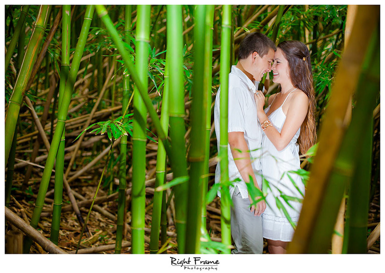007_Oahu Engagement Photographers