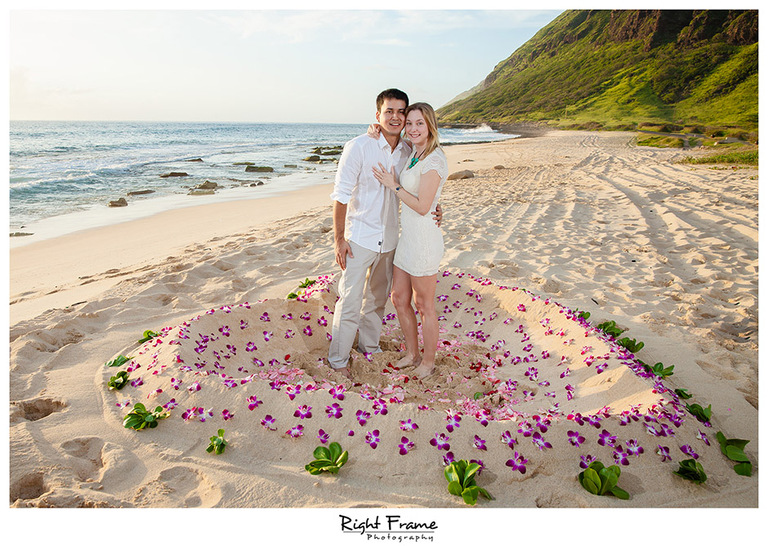 011_oahu engagement photographer