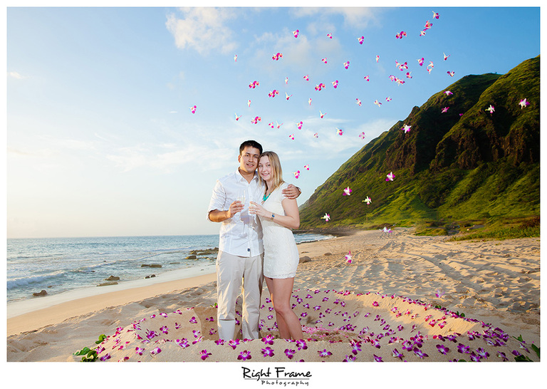 014_oahu engagement photographer