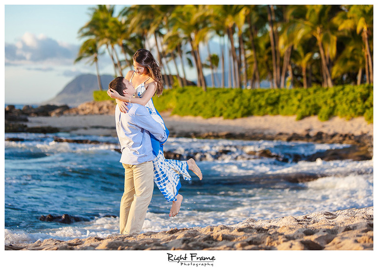 024_Oahu Engagement Photographers