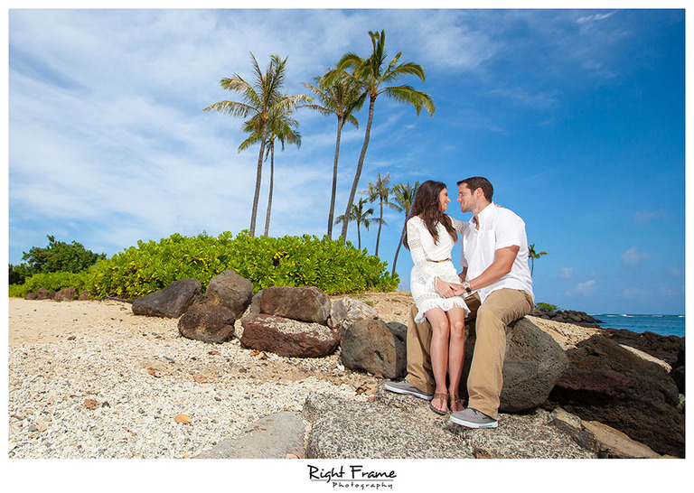 103_oahu engagement photographers