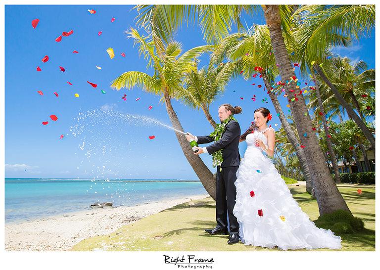 119_Wedding Photographers in Oahu Hawaii