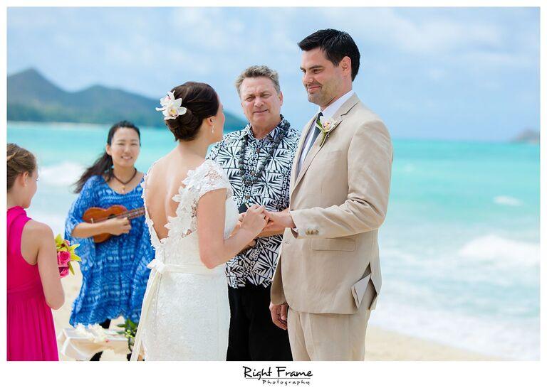 010_Oahu Beach Wedding waimanalo beach