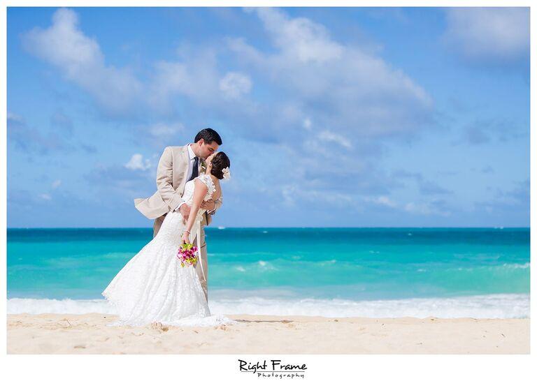 025_Oahu Beach Wedding waimanalo beach