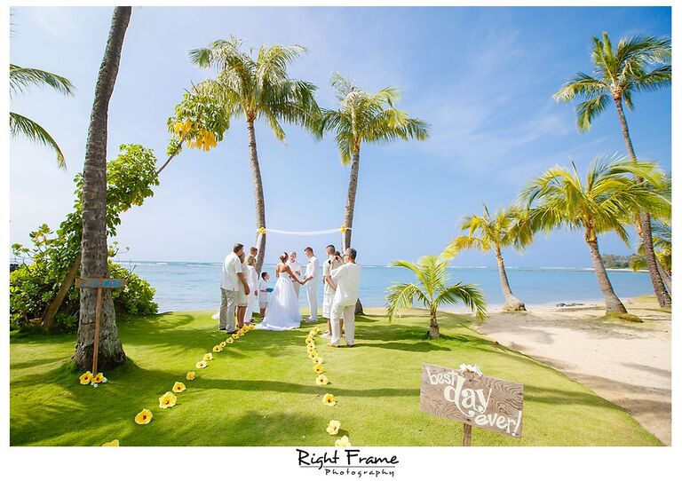 105_Kahala Beach Wedding oahu photographer