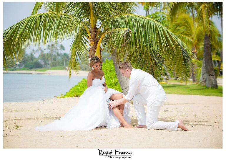 121_Kahala Beach Wedding oahu photographer
