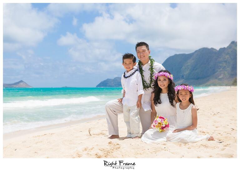 Wedding Vow Renewal in Oahu Hawaii