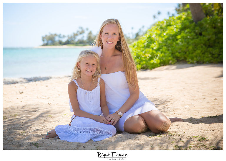Family Photographer near Kahala Hotel & Resort Oahu Hawaii