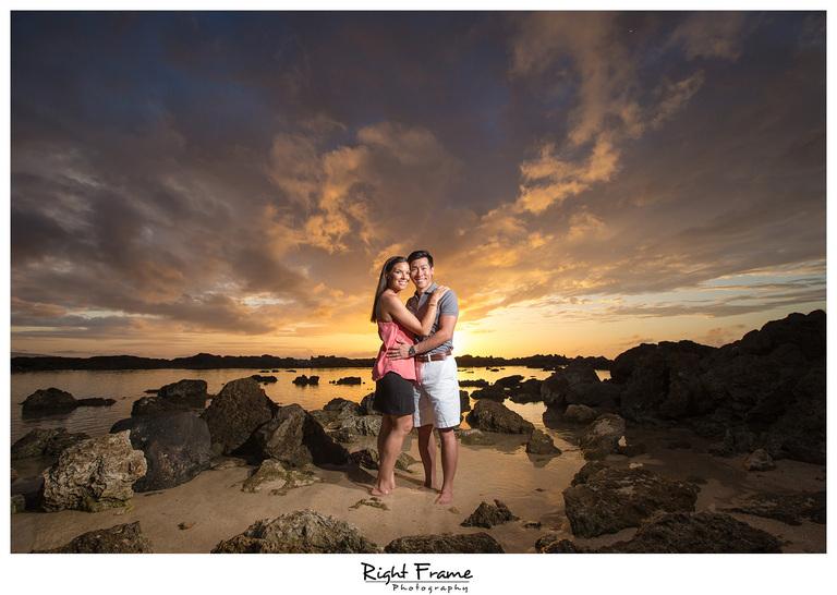 Creative Fun Hawaii Sunset Beach Couple Photography