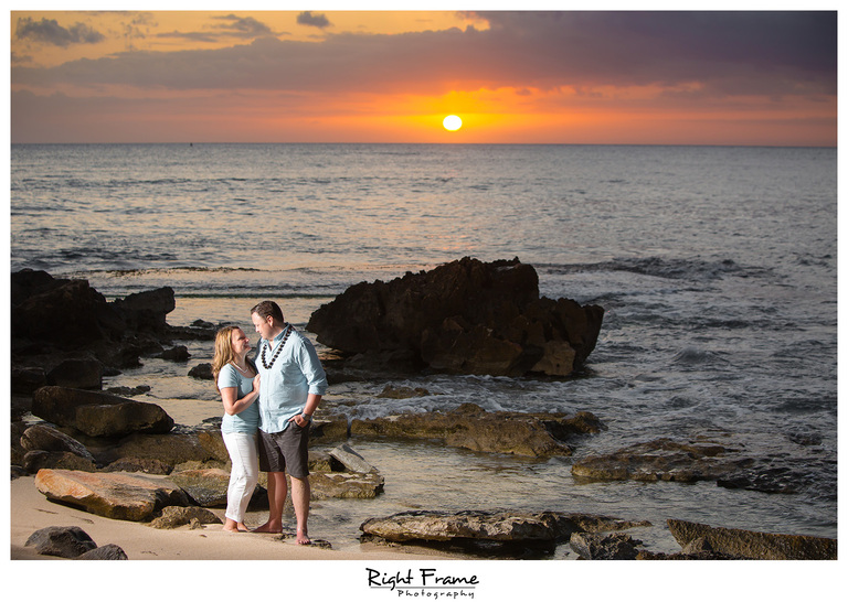 Beautiful Sunset Family Beach Session at Ko'Olina
