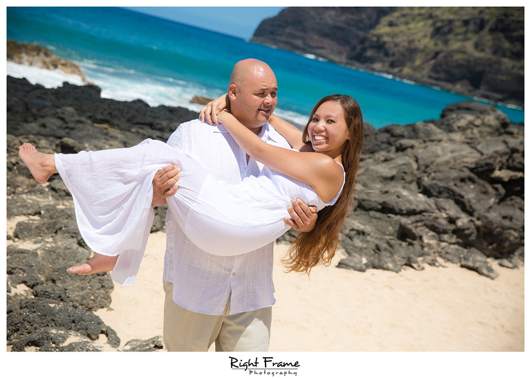 Hawaii Engagement Photographer Makapuu Beach