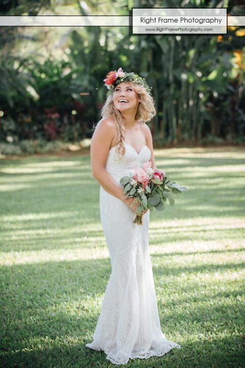 Hale Koa Wedding Pictures Bride Bouquet  Flowers
