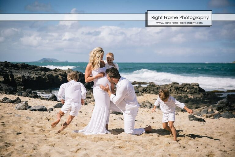 HAWAII FAMILY Maternity BEACH PICTURES at Makapu'u Beach