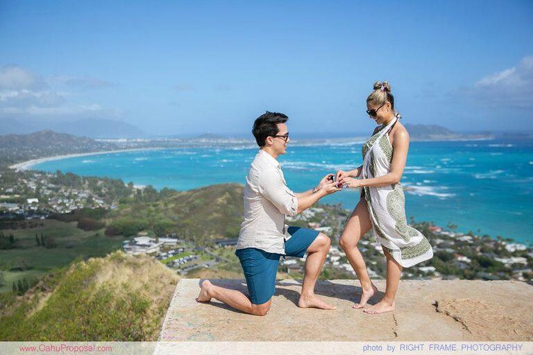 Oahu Proposal Photographer Lanikai Pillbox Hike