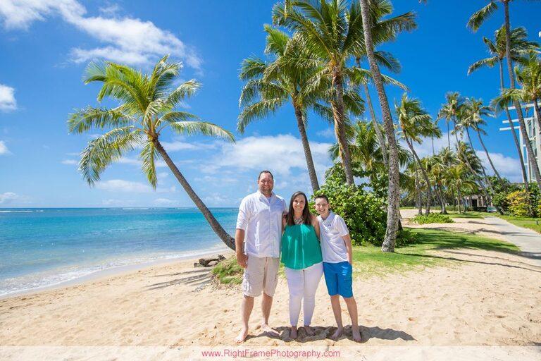 Spring Break Photography in Hawaii Kahala Beach Park Family Session