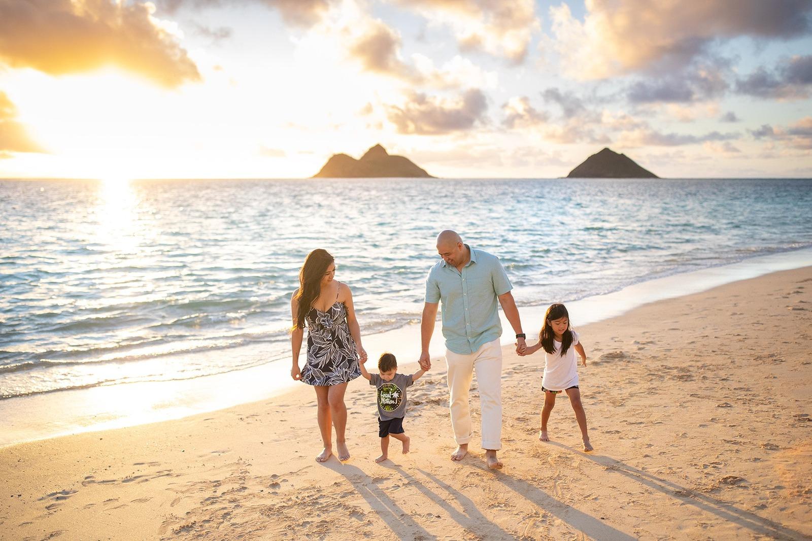 Oahu Family Portraits Photographer Hawaii Lanikai Beach Sunrise
