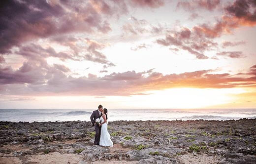 Sunset Destination Wedding Couple Pictures North Shore Hawaii Oahu