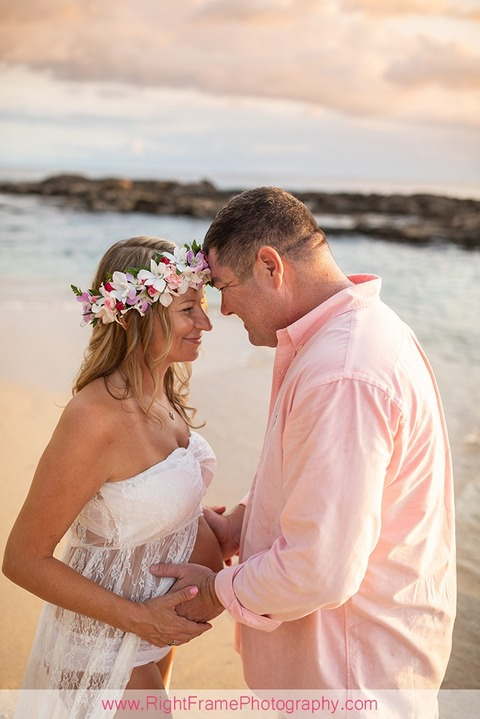 Koolina Maternity Photographer Sunset Family Pictures Paradise Cove Beach